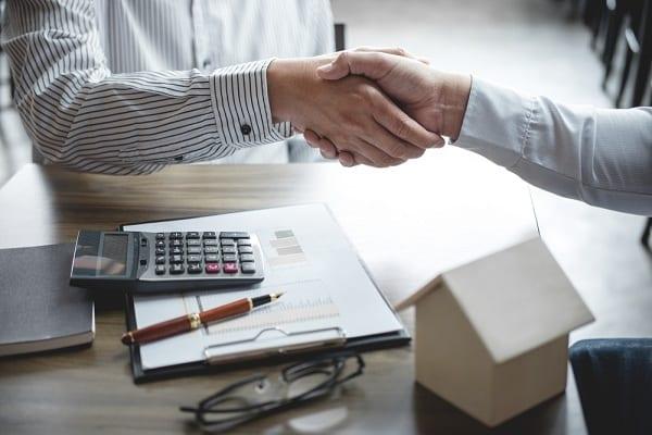 Adósságrendező hitel erste