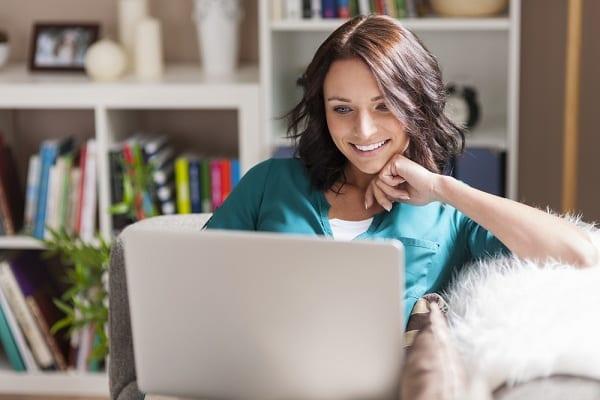 Személyi kölcsönt otthonról, online? Megoldható!