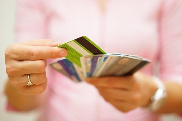 Gyors adósságrendező hitel – melyik banknál érdemes igényelni?