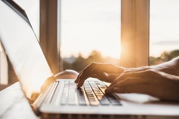 Kötelező biztosítás online megkötése – lehetséges?