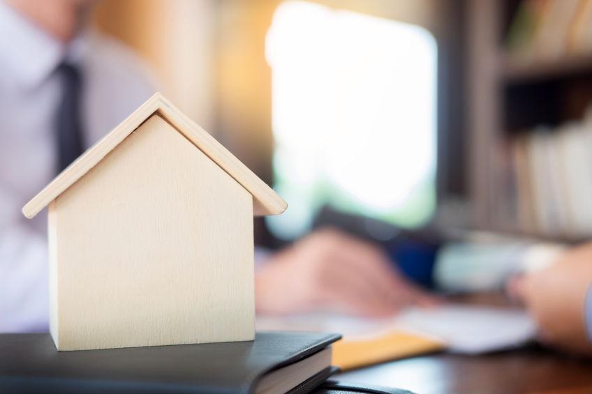 Végrehajtással terhelt ingatlant vásárolhatok?