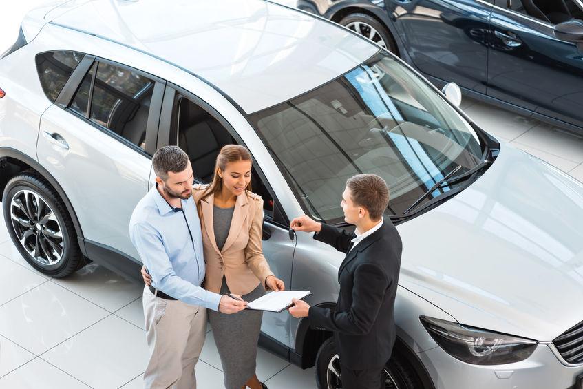 Mi a különbség az autóhitel és az autólízing között?